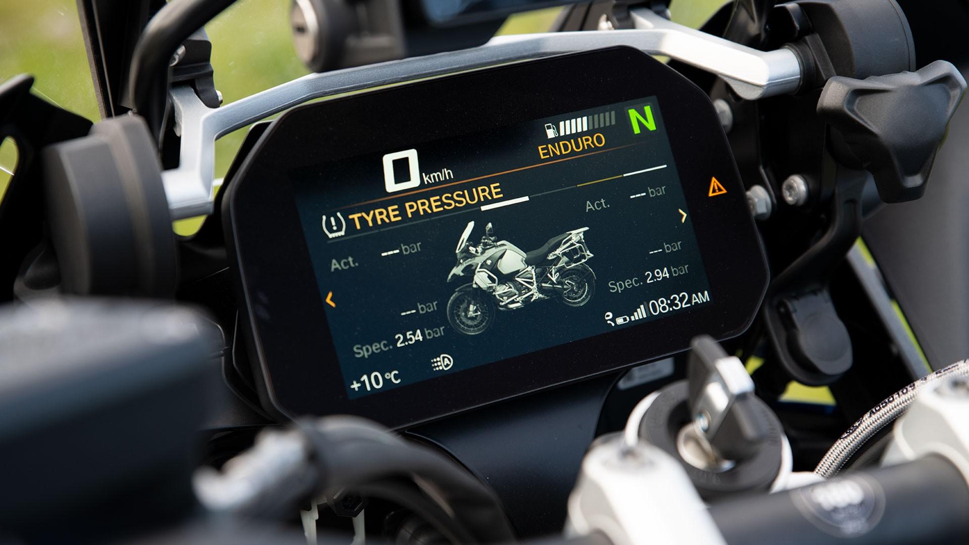 Кольоровий 6.5-дюйсовий TFT-дисплей в стандартній комплектації.
